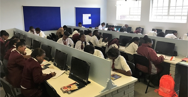 R4 5m Science Centre For Manzomthombo Learners Upgraded